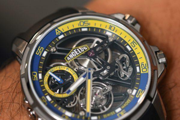 Angelus U50 Diver Tourbillon Hands-On Hands-On