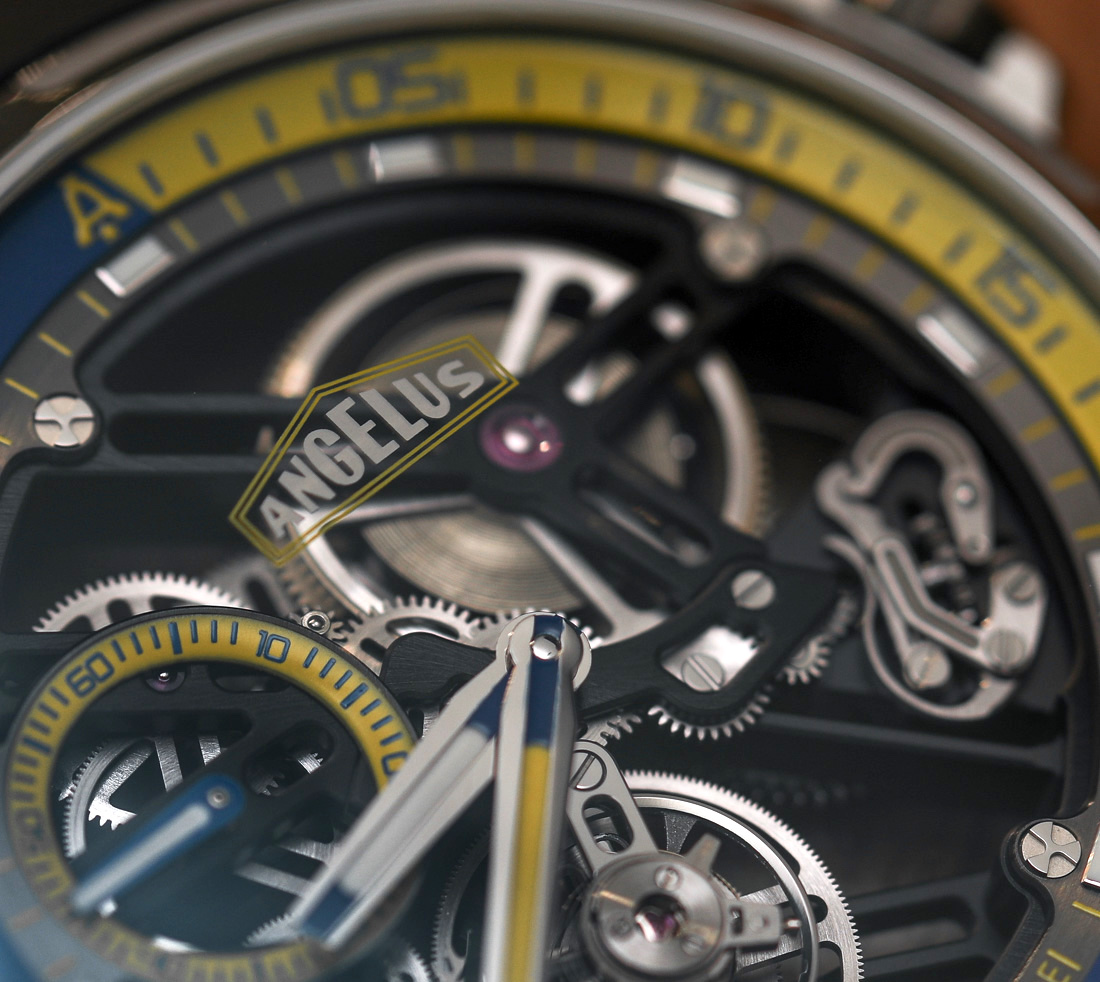 Angelus U50 Diver Tourbillon Hands-On Hands-On